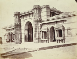 Central portion of the façade of the Rani Masjid or Queen's Mosque, Mirzapur, Ahamadabad, from the north-east